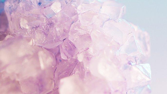 Detailaufnahme eines Kristalls.